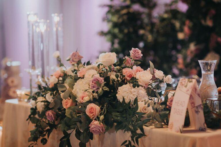 Sara Baig Designs Floral head table